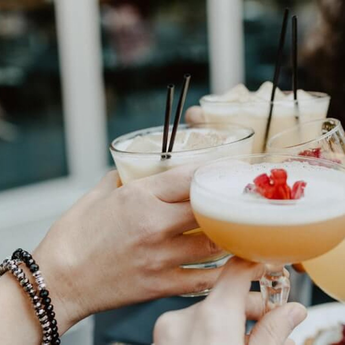 unsplash.cocktails - National Restaurant Properties